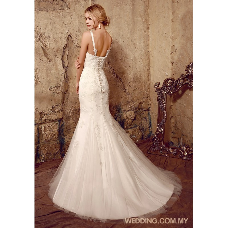 Mermaid tulle wedding dress with shoulder straps wedding for Mermaid wedding dress with straps