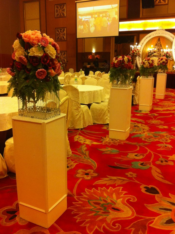 Flower Decoration in Banquet Hall