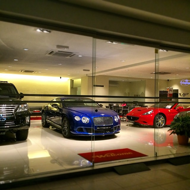 Extreme Supercars Showroom