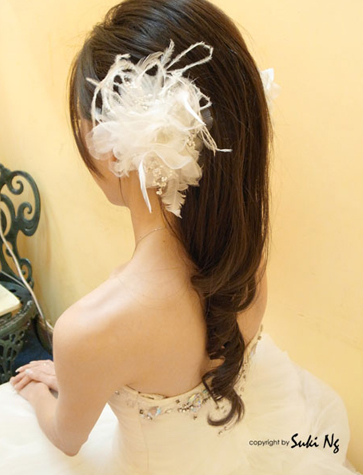 Simple Hair Style for Bride