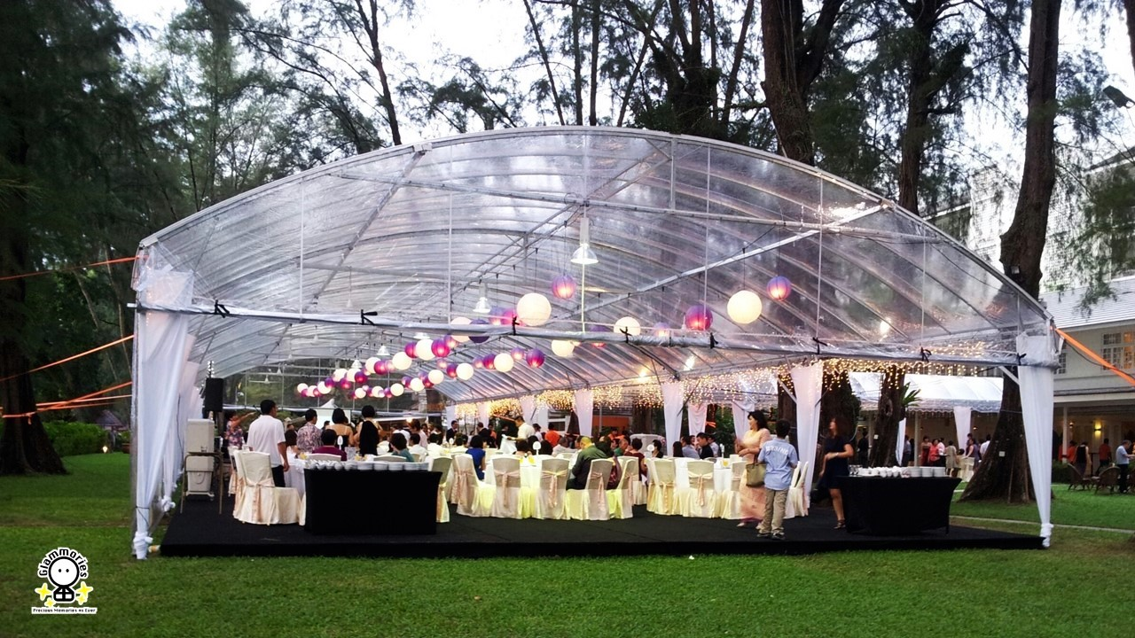 wedding tent & decorations