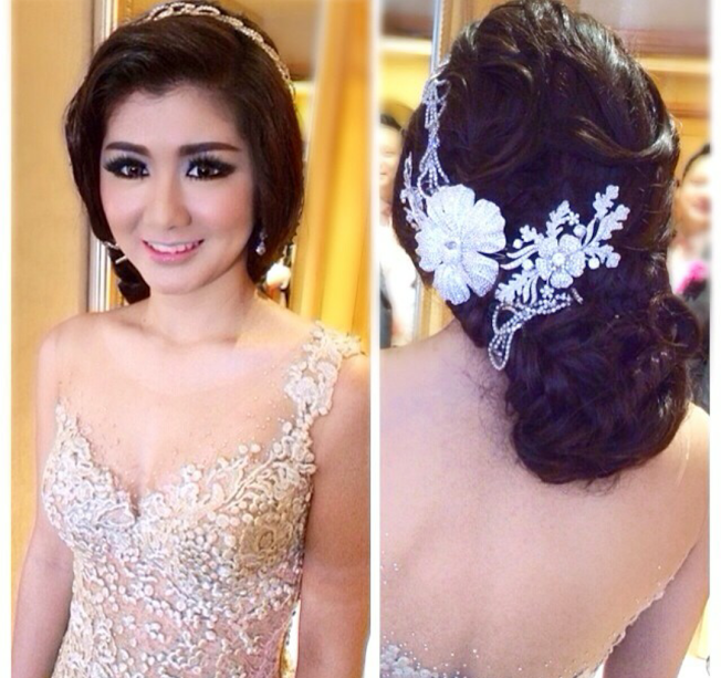 MAKEUP & HAIRSTYLE